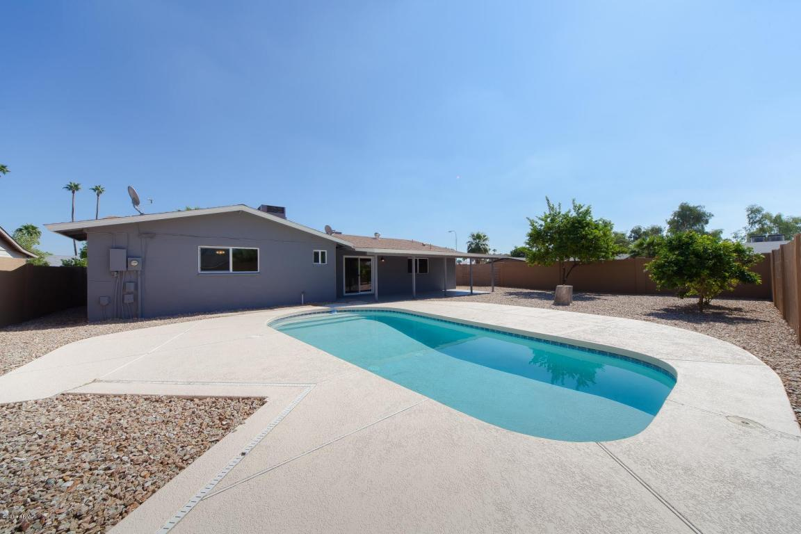 Back 4924 S COUNTRY CLUB WAY TEMPE, AZ 85282