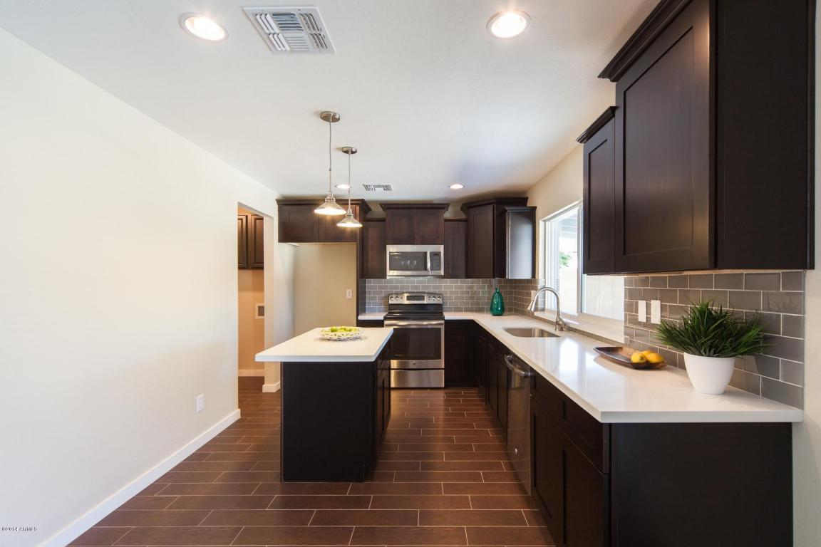 Kitchen 4924 S COUNTRY CLUB WAY TEMPE, AZ 85282